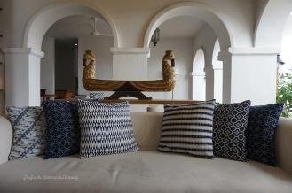 livingroom Hotel Adhisthana
