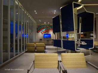lobby Yello Jemursari