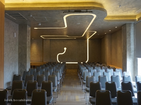 The Generator - salah satu ruang meeting di Yello Jemursari