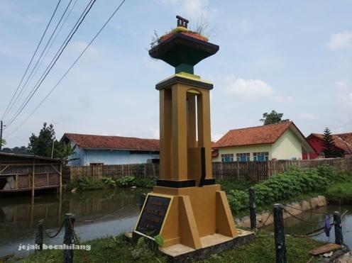 Monumen Pengrajin Tahu Desa Kalisari