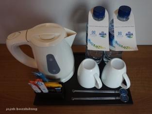 coffee and tea maker di hotel