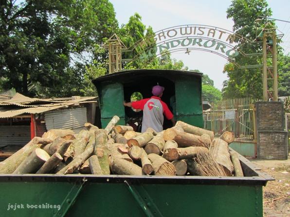 kereta wisata di Agrowisata Sondokoro