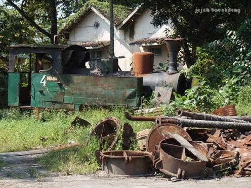 loko uap rusak di PG Gondang Baru