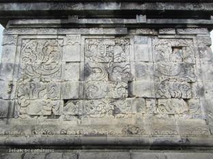 dinding Candi Pringapus Temanggung