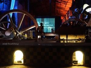 video Charlie Chaplin di Fabriek Fikr