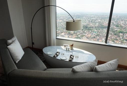 Sky Lounge Alila Solo
