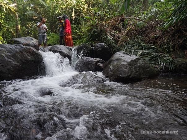 susur sungai di Desa Ekowisata Pancoh