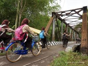 bekas jembatan kereta di Lasem