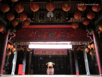altar Klenteng Cu An Kiong