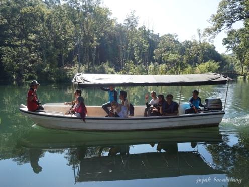 perahu keliling Boonpring Andeman