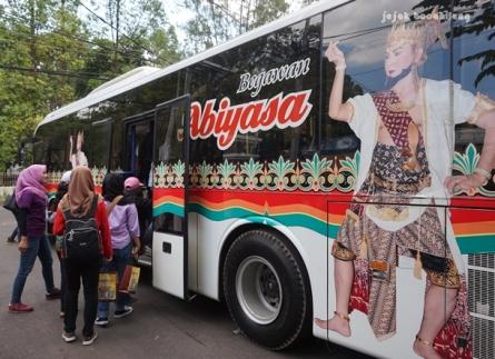 Bus Begawan Abiyasa