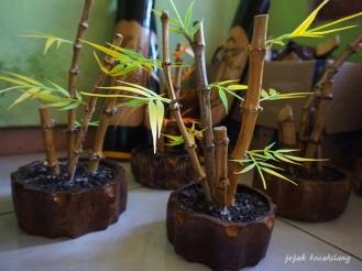 kerajinan limbah bambu di Boonpring