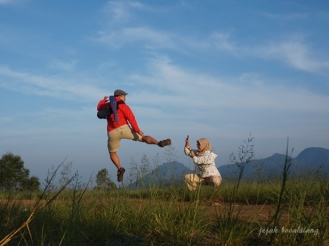 padng rumput Bukit Amping