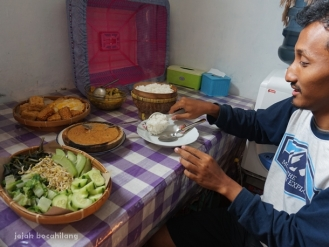 sarapan di homestay Pujon Kidul
