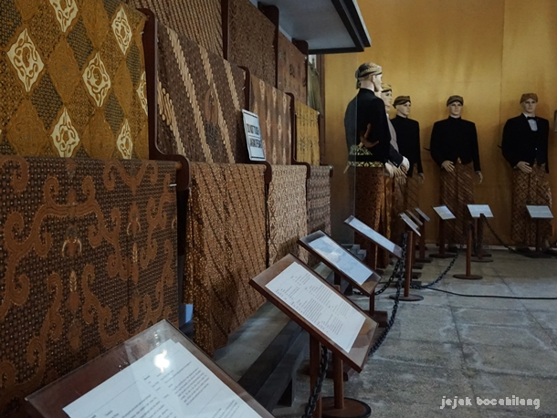 koleksi Museum Radya Pustaka
