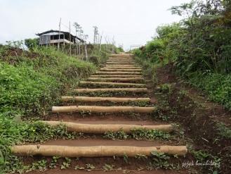 anak tangga Bukit Tranggulasih