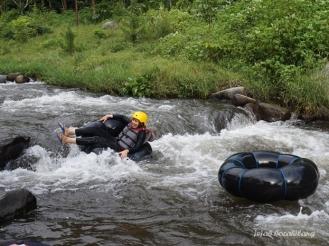 river tubing Ledok Amprong