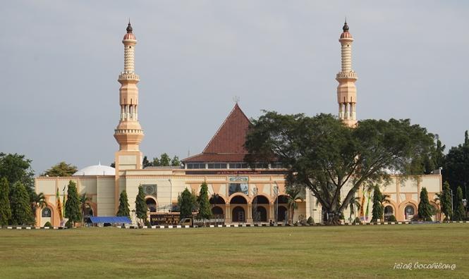 Masjid Al Muhtarom Kajen
