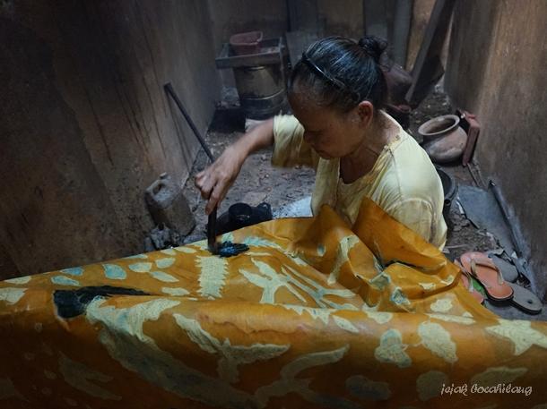 pengrajin batik Wonopringgo