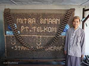 Sutarko pengrajin limbah batok kelapa