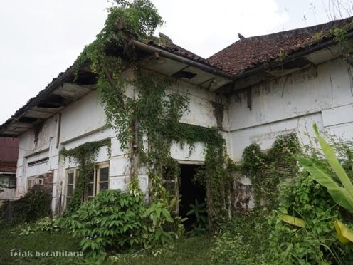 rumah dinas Pabrik Gula Kalibagor
