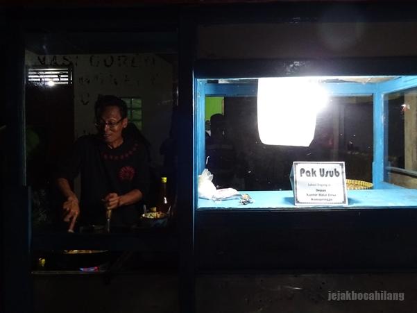 Pak Usub, penjual nasi goreng Wonopringgo