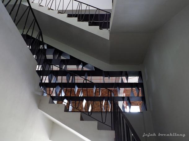arsitektur Rumah Atsiri