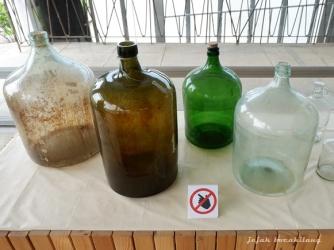 botol minyak Atsiri